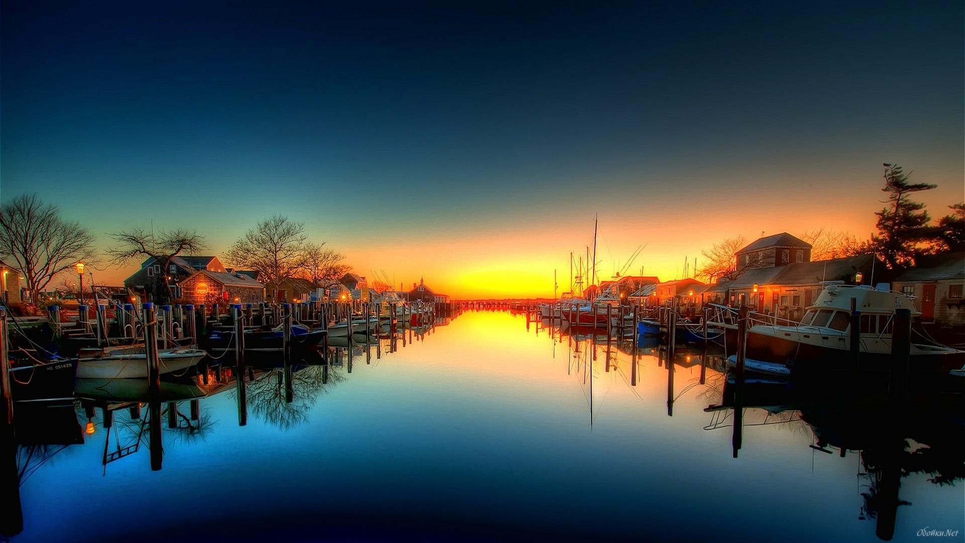 wonderful-boat-docks-in-canal-hdr
